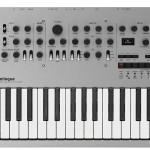 (Italiano) Korg – Miniloque  Sintetizzatore analogico polifonico di nuova generazione.