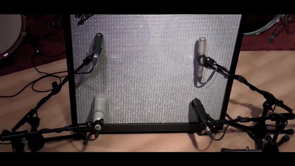 Comparison of the sound of four microphones