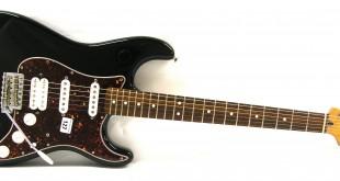 Fender Stratocaster Lonestar Deluxe – Una Strato da lavoro