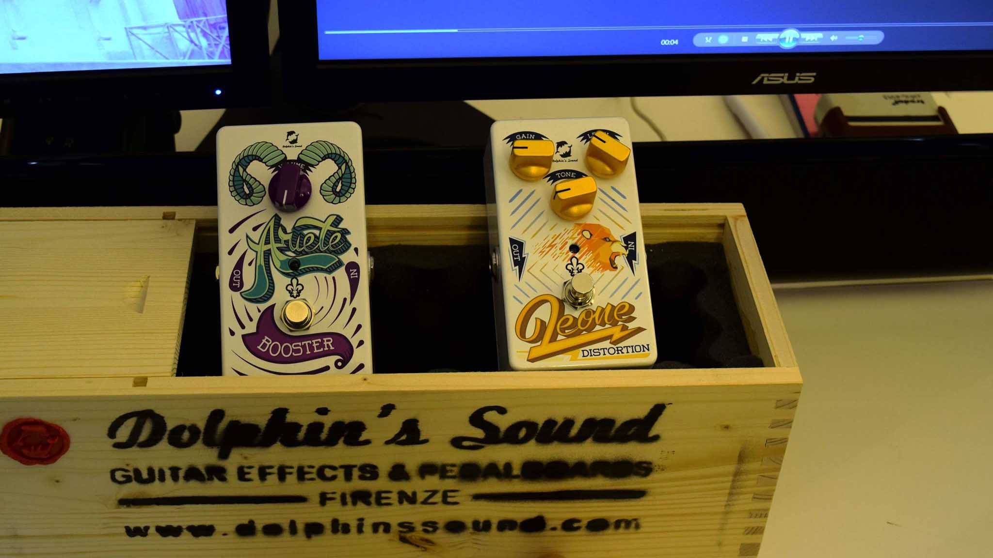 Stand Dolphins Sound AccordoShow Milano  - AccordoShow Milano Custom Shop - Made in Italy in fiera