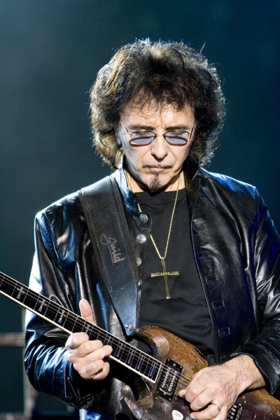 black-sabbath-tony-iommi