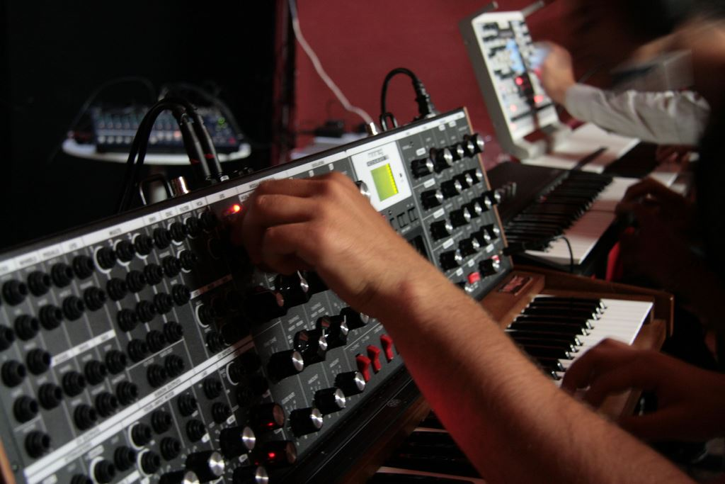 Manopole 2 Foto di Antonio Campeglia - Synth Day 4.0 a cura di Enrico Cosimi