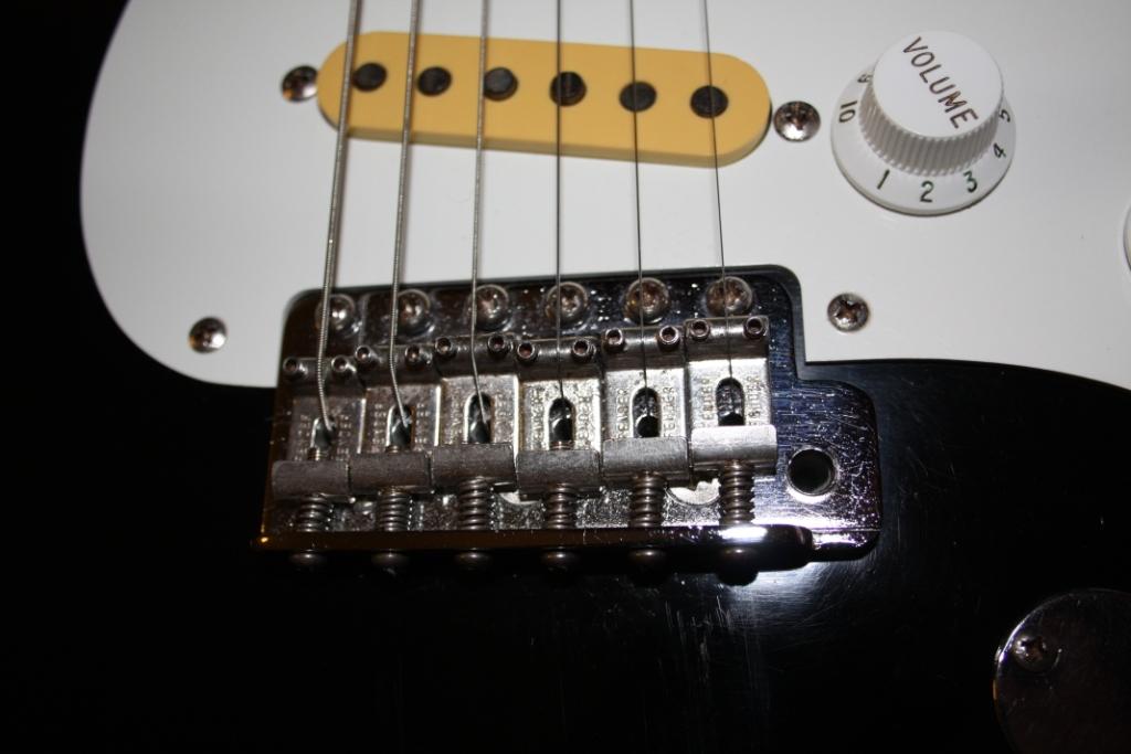 Particolare Fender - Squier JV – Fender Stratocaster e Fender Telecaster JV (early '82)