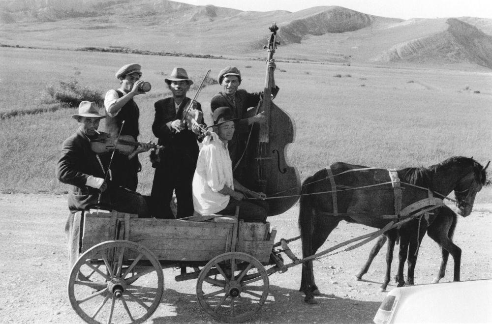 tigani - La musica tra matrimoni e funerali. Il Klezmer!