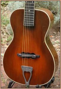 """vivicousticbod 205x300 - La rivoluzione """"rumorosa"""" di Leo Fender!"""