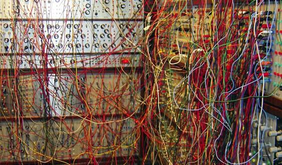cavetteria 564x330 - Uno, nessuno... centomila cavi audio! Ma quale?!